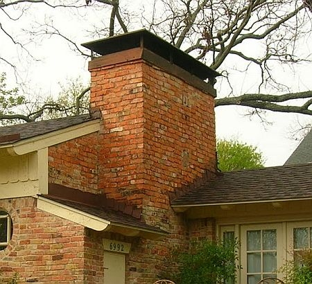Picture of chimney Ccap on brick chimney